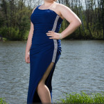 prom photography ideas single girl outdoors